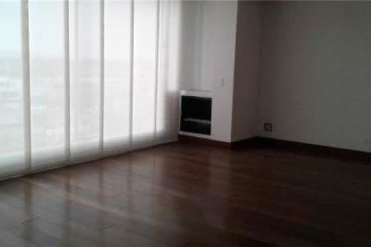 Portada Apartamento en venta en Santa Paula de cuatro habitaciones
