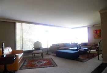 Apartamento en venta en El Refugio de 3 hab. con Gimnasio...