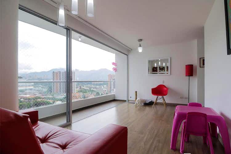 Portada Apartamento en venta en El Trapiche de tres habitaciones