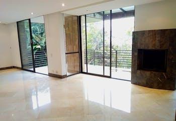 Casa en Venta en Las Palmas de 2100 mt2. con 3 niveles.