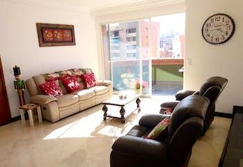 Apartamento en venta en Barrio Laureles con acceso a Solarium
