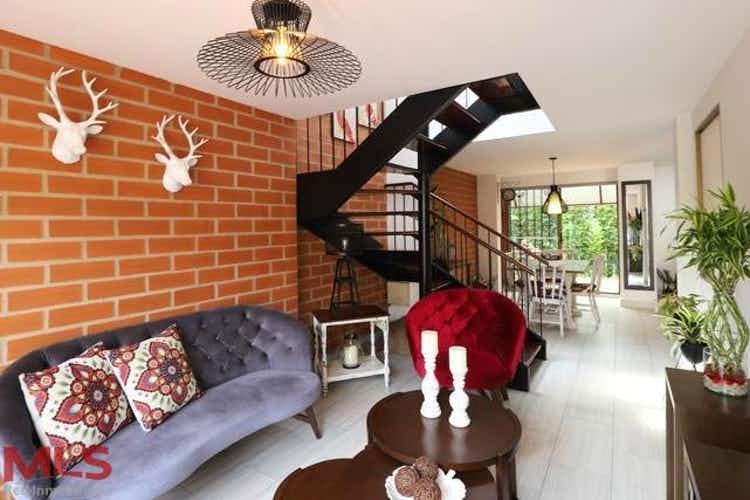 Portada Casa en venta en Camino Verde, de 201,77mtrs2