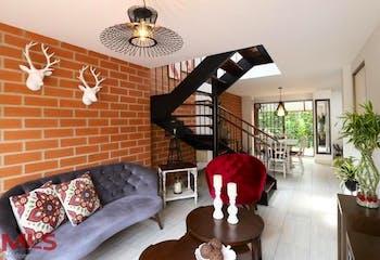 Casa en venta en Camino Verde de 3 hab. con Balcón...