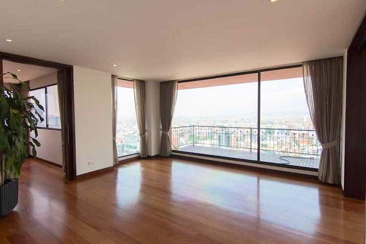 Portada Apartamento En venta en Barrio Usaquén, de 330mtrs2 con terraza
