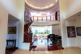 Casa En Venta En Condominio Los Arrayanes, de 800mtrs2 con jacuzzi
