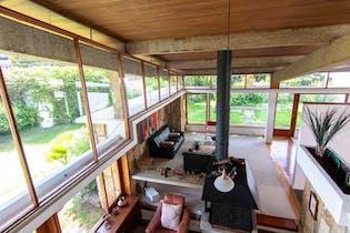 Casa en venta en Santa Ana de 4 habitaciones