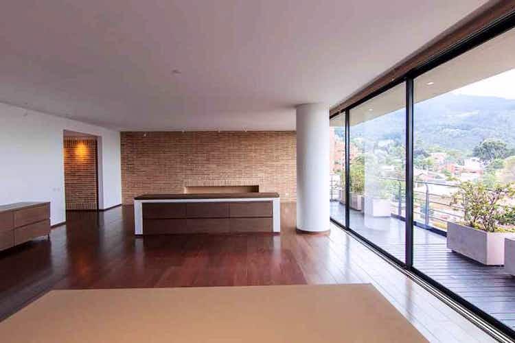 Portada Apartamento En Venta En Barrio Usaquén, de 324mtrs2, con balcón