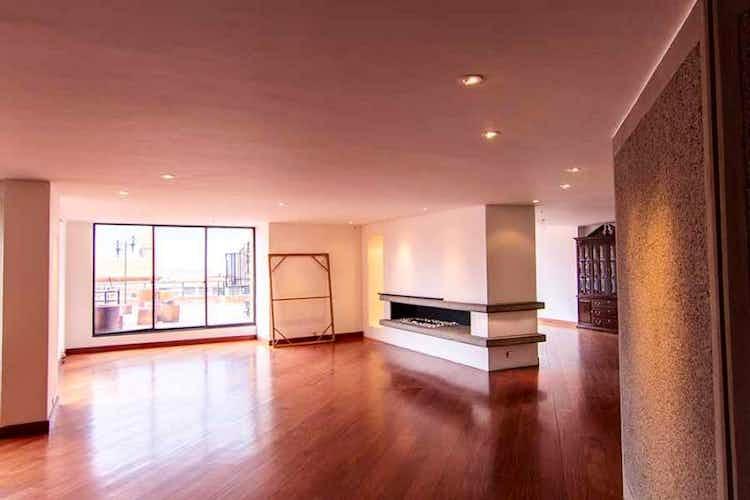 Portada Apartamento en venta en Los Rosales, 380mt con terraza