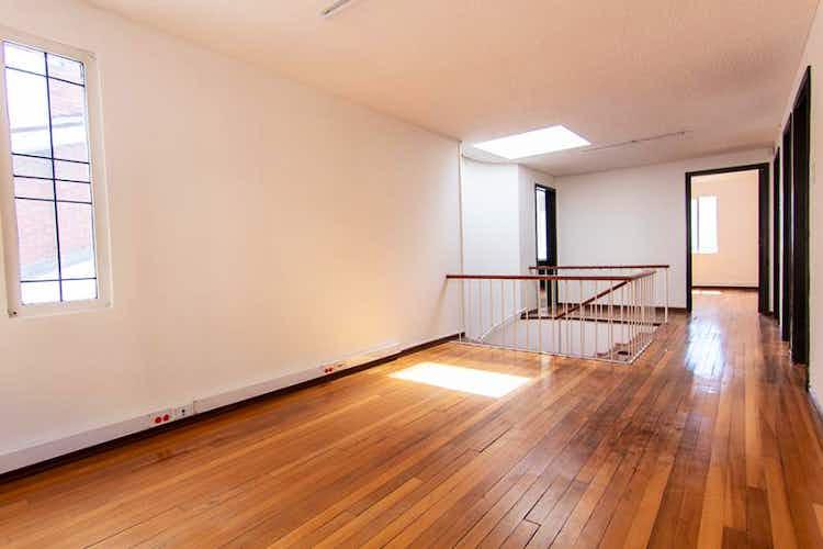 Portada Casa en venta en  Bogota Polo Club 4 habitaciones