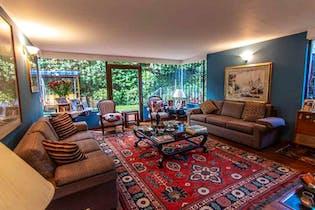 Casa en venta en Bogota Santa Barbara Alta-Usaquén 4 habitaciones