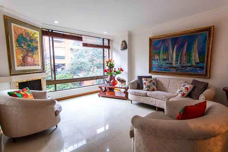Portada Apartamento en venta en La Cabrera, 84mt con chimenea
