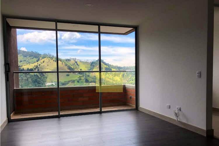Portada Apartamento en venta en Las Lomitas de tres alcobas