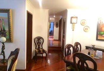 Apartamento en Santa Barbara Central, Santa Barbara - Tres alcobas