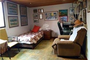 Casa en venta en Villa Del Prado de 204mt, dos niveles