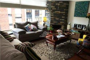 Apartamento en venta en Chico Reservado de tres habitaciones