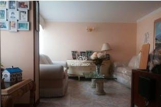 Casa en venta en Barrio Cedritos de tres habitaciones