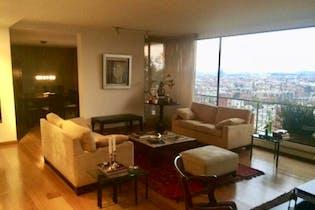Apartamento en venta en Barrio Usaquen de cuatro habitaciones