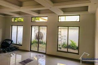 Casa en venta en Jardines de Coyoacán de 282mts, dos niveles