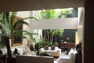 Casa en venta en Manuel Avila Camacho de 310mts, dos niveles