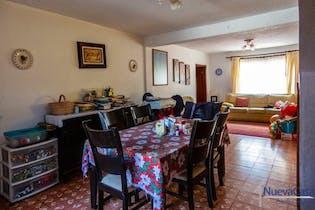Casa en venta en Santa Úrsula Coapa de 330mts, dos niveles