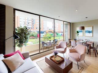 Una sala de estar llena de muebles y una gran ventana en Nueva Colina - Turó