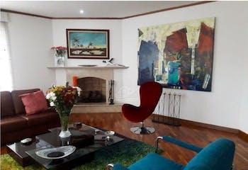 Casa en venta en Barrio San José de Bavaria de 811mts, dos niveles