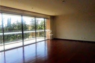 Apartamento en venta en Colinas de Suba de cuatro habitaciones