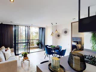 Una sala de estar llena de muebles y una ventana en Verticall Living