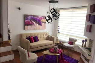 Casa en venta en Casco Urbano Mosquera de 126 mt2. de 3 niveles.