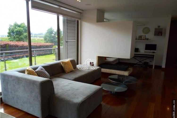 Portada Apartamento en venta en La Conejera de 143 mt2.  con chimenea