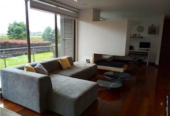 Apartamento en venta en La Conejera de 143 mt2. con chimenea