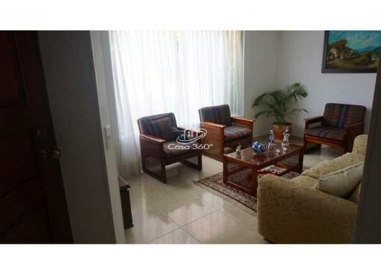 Portada Casa en venta en Zúñiga de 185 mt2. con 3 niveles.