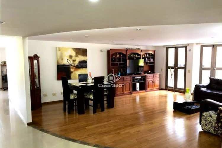 Portada Apartamento en venta en Las Lomitas de 258 mt2.  con terraza.