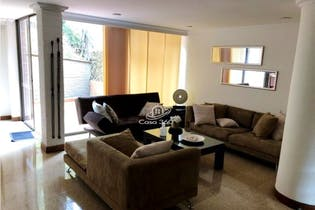 Casa en venta en Loma del Escobero de 170 mt2. con 2 niveles.