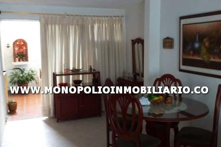 Portada Casa en venta en La Paz de 140 mt2. con 2 niveles.