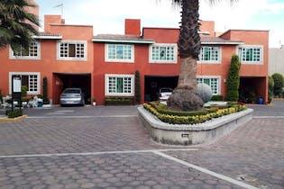 Casa en venta en Granjas Lomas de Guadalupe de 113mts, dos niveles