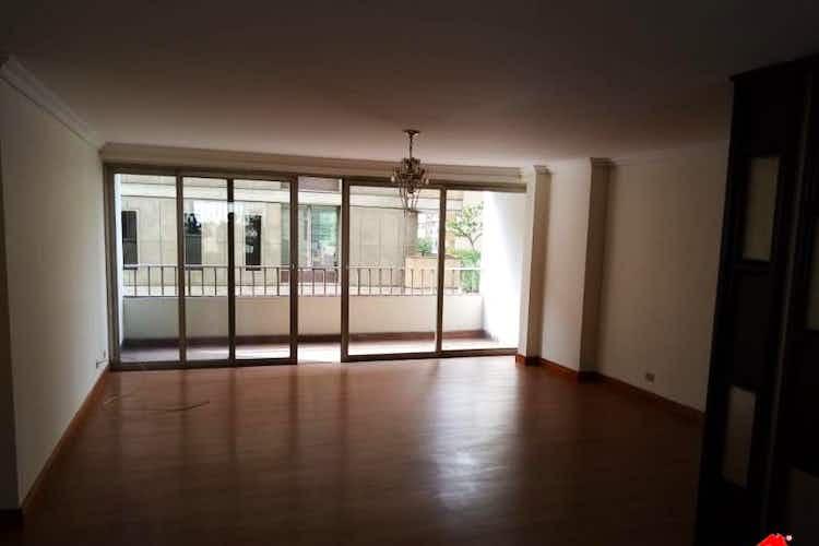 Portada Apartamento en venta en Boston de cuatro alcobas