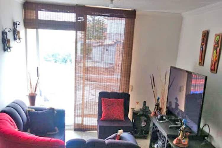 Portada Apartamento en venta en La Abadia, 70mt con balcon