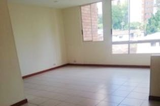 Apartamento en venta en La Tomatera 81m²