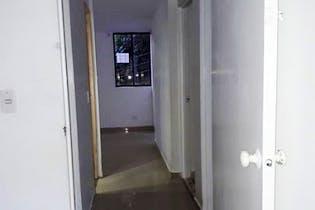 Apartamento en venta en Carlos E. Restrepo de 3 hab.