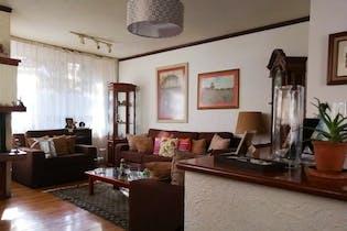 Casa en venta en Bosques De La Herradura de 580 mt2. con 3 niveles.