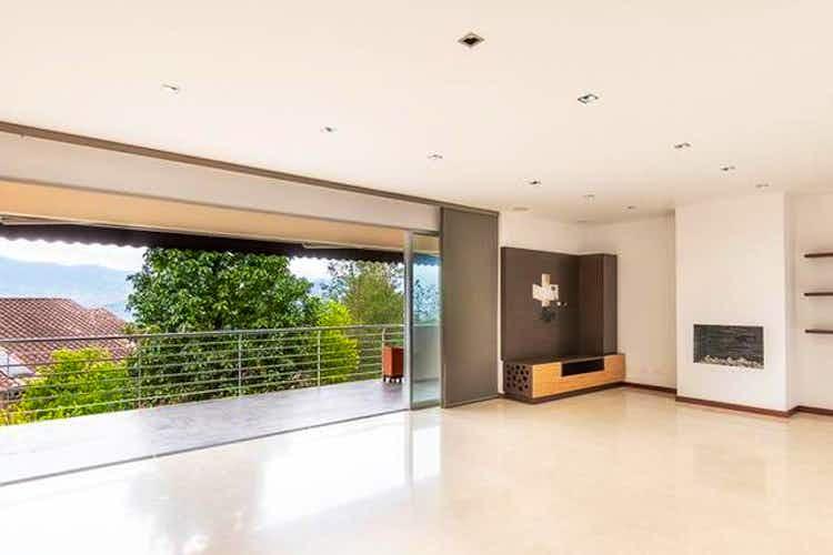 Portada Casa en venta en  urbanizacion Cerezal  4 habitaciones