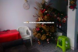 Casa en venta en Cucaracho, 106mt de cuatro niveles.