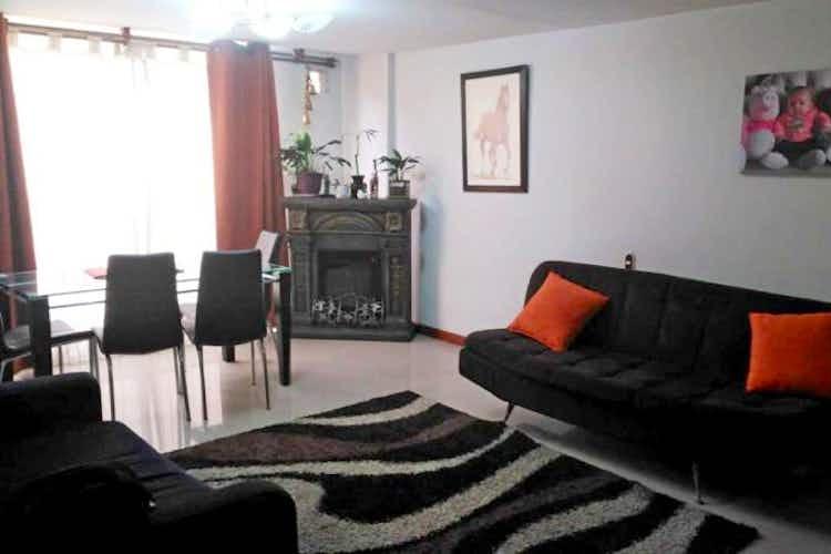 Portada Apartamento  en venta en Santa María del Lago, de 68mtrs2