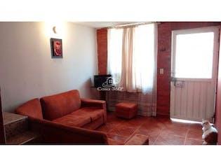 Casa en venta en Mosquera, 87mt de tres niveles.