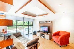 Casa en venta en Lomas de Bellavista de 220mts, dos niveles