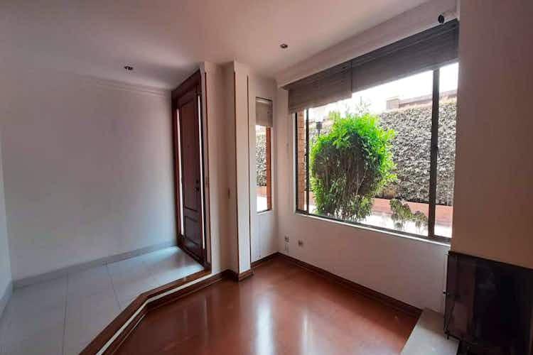 Portada Casa en venta en La Balsa de 250 mt2. con 3 niveles.