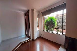 Casa en venta en La Balsa de 250 mt2. con 3 niveles.