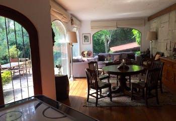 Casa en venta en San Jerónimo Lídice de 652 mt2. con 3 niveles.