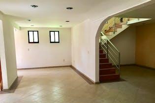 Casa en venta en Campestre del Lago de 579mts, tres niveles